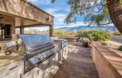 outdoor-kitchen-desert-oasis-in-tucson-featuring-naturekast-256x163